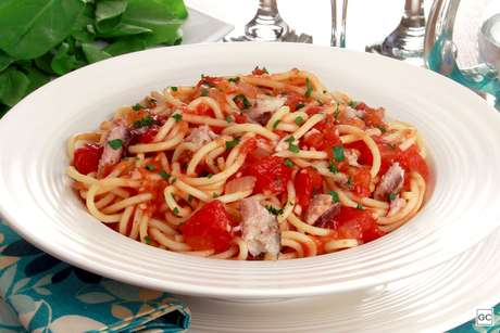 Espaguete com sardinha