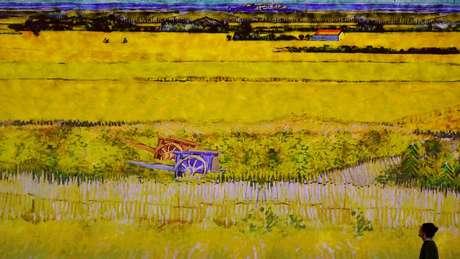 Arles era cercada por campos de trigo que o artista gostava de pintar