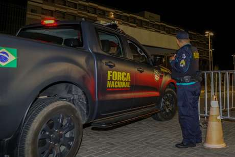 Força Nacional na chegada a Fortaleza