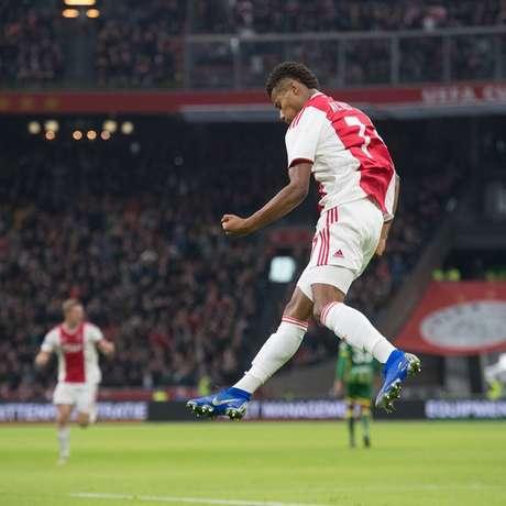 David Neres é um dos destaques do Ajax (Foto: Reprodução)