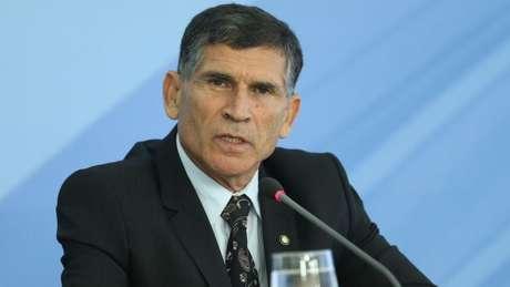 Ministro-chefe da Secretaria de Governo, general Carlos Alberto dos Santos Cruz