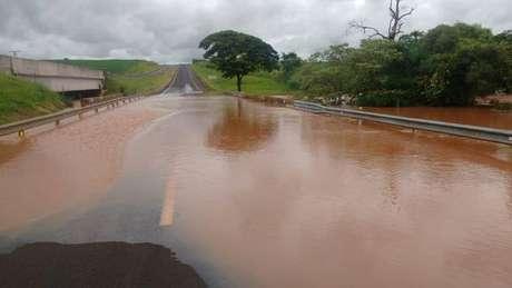 Chuvas foram responsáveis pelo incidente