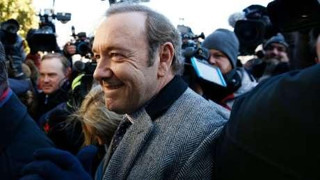 Kevin Spacey chega à audiência judicial em Nantucket, nos EUA