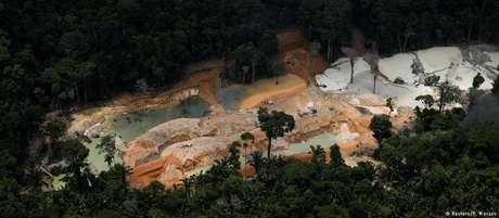 Mineração ilegal no Pará, em área da Floresta Amazônica