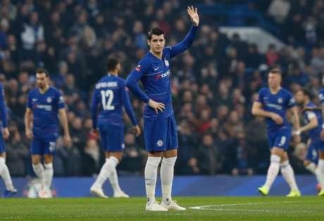 Morata vive fase ruim na carreira no Chelsea (Foto: ADRIAN DENNIS/AFP)
