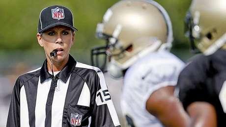 Sarah Thomas será árbitra na NFL