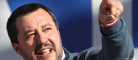 """Matteo Salvini: """"herói e companheiro de luta"""" para húngaro Viktor Orbán"""