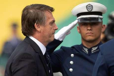 Jair Bolsonaro seguiu exemplo de países como EUA e Hungria