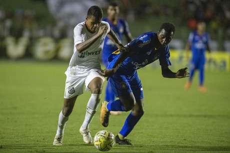 Santos x São Caetano pela segunda rodada do grupo 25 da Copa SP de Futebol Júnior 2019, realizada na Estádio Municipal Francisco Ribeiro Nogueira em Mogi das Cruzes, em São Paulo