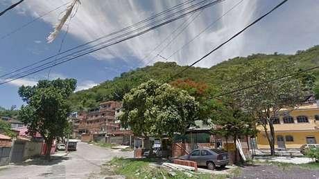 PMs foram recebidos a tiros quando se aproximaram de favela