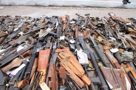 Promessa de campanha do presidente Jair Bolsonaro, a flexibilização das regras para a posse de armas deve ser estabelecida por decreto presidencial na próxima semana