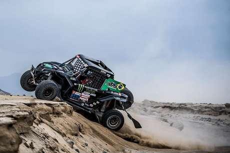 Rally Dakar: brasileiros mantêm a liderança entre os UTVs