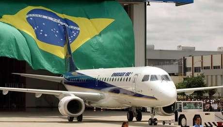 Governo Bolsonaro não vetará acordo entre Boeing e Embraer