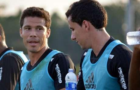 Hernanes e Pablo durante treino nos EUA: os dois serão titulares nesta quarta - FOTO: Rubens Chiri/saopaulofc.net