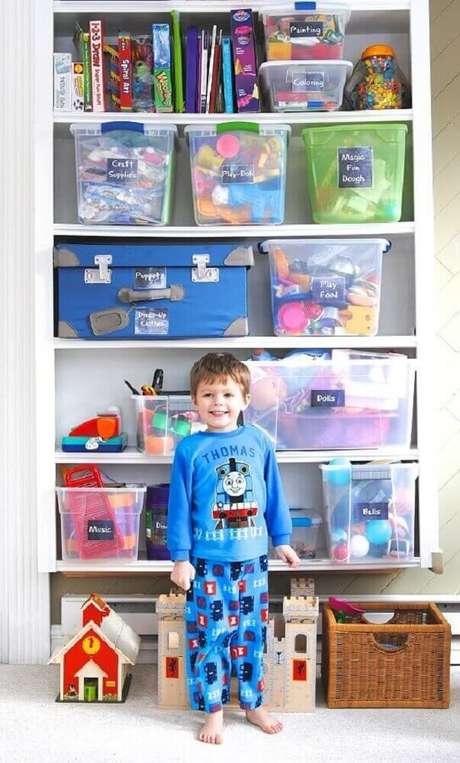 13. A caixa organizadora grande é ótima para organizar brinquedos que tem peças grandes – Foto: Making Lemonade Blog