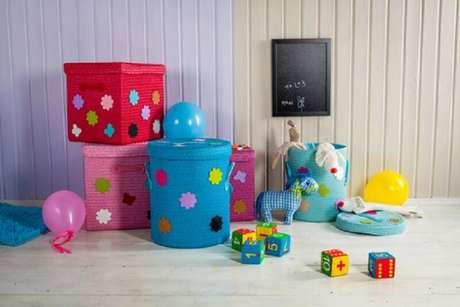 5. A caixa organizadora infantil é interessante para manter o cantinho de brincadeiras sempre bem organizado e com uma decoração interessante – Foto: MamaExpert