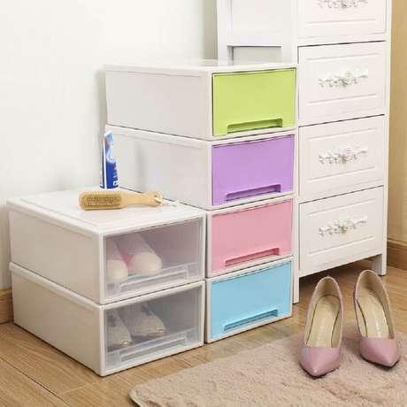 36. Modelos de caixas organizadoras de plásticos com tampa colorida para organizar sapatos – Foto: DHgate