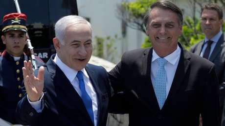 A forte guinada diplomática rumo anunciada por Bolsonaro pode ampliar parcerias com o governo israelense, mas também retrocessos nas relações com países árabes, segundo analistas e o setor produtivo brasileiro