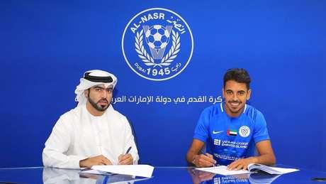 Junior Dutra assinou contrato com o Al-Nasr nesta sexta-feira.