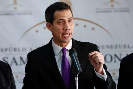 Juan Guaido, presidente da Assembleia Nacional da Venezuela, durante entrevista coletiva em Caracas 10/01/2019 REUTERS/Carlos Garcia Rawlins