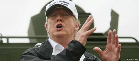 Trump pede 5,7 bilhões de dólares para construir o muro na fronteira com o México