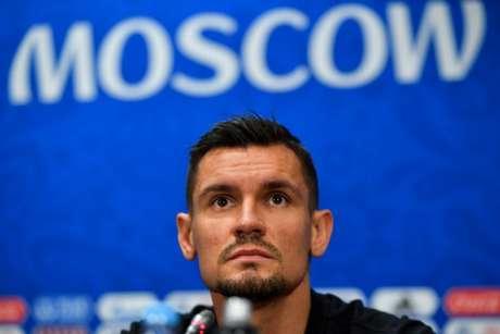 Defensor do Liverpool foi punido pela UEFA (Foto: AFP)