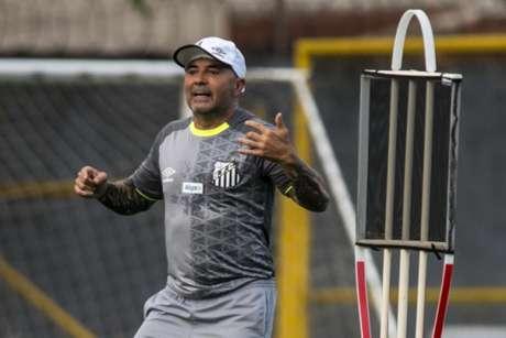 Sampaoli pediu ao Corinthians um campo do CT para treinar Santos antes de amistoso (Foto: Ivan Storti/Santos)