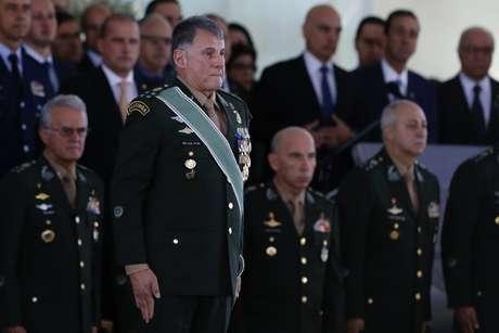 O general Edson Leal Pujol, tomou posse como novo comandante do exército. Ele irá substituir o general Villas Bôas