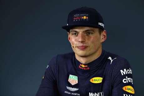 Verstappen prestou 'serviço público' neste final de semana na Fórmula E