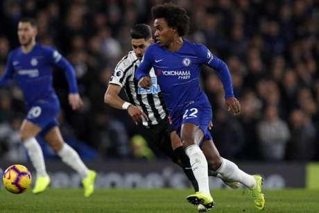 Willian foi titular no último sábado pelo Chelsea (Foto: AFP)