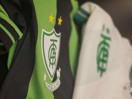 O Coelho é pioneiro em Minas com sua própria grifes de uniformes do clube-América-MG