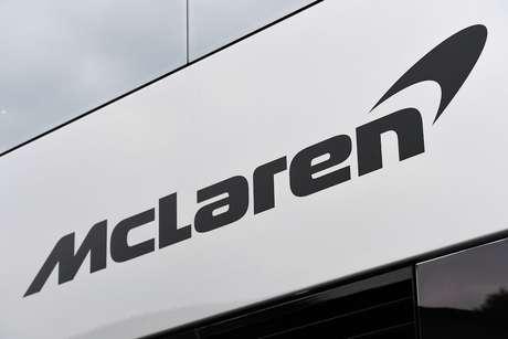 McLaren publica e exclui imediatamente foto do carro de 2019