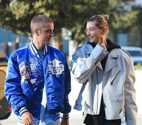 Justin Bieber e Hailey Baldwin em Los Angeles, Califórnia