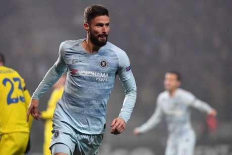 Em um ano de Chelsea, Giroud jogou 42 partidas, a maioria vindo do banco (Foto: Kirill Kudryavtsev/AFP)