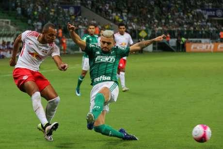 Os times se enfrentaram no Paulista-2018 e o Verdão venceu por 2 a 1 (Foto: Jales Valquer/Fotoarena/Lancepress!)
