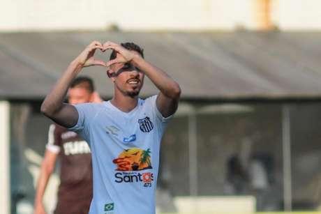 Jean Mota foi o autor do gol da vitória santista sobre a Ferroviária (Foto: Ricardo Moreira/Fotoarena/Lancepress!)