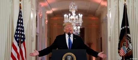 Donald Trump fala durante uma coletiva de imprensa na Casa Branca</p><p>
