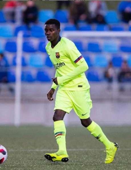 Wagué levou o vermelho na reta final da partida (Foto: Reprodução / Instagram)