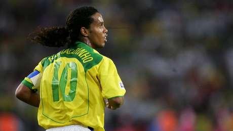O diminutivo também está presente no nome e apelido das pessoas; ao pensar no futebol, lembre-se dos Ronaldinhos, Fernandinhos e Juninhos jogadores