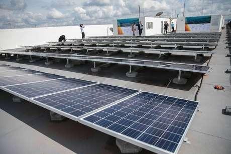 Paineis solares na cobertura do prédio do Ministério deMinas e Energia