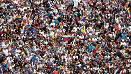 Manifestantes anti-governo Maduro