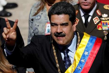 Maduro, ao chegar a parlamento para discurso anual em Caracas 14/1/2019 REUTERS/Manaure Quintero/File Photo