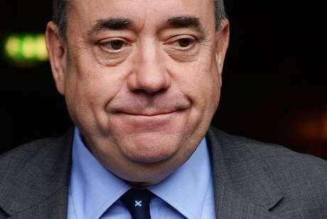 Ex-primeiro-ministro da Escócia Alex Salmond é preso