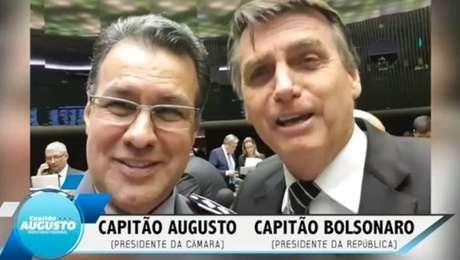 Capitão Augusto e presidente Jair Bolsonaro em vídeo gravado antes das eleições 2018