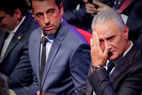Edu Gaspar e Tite no sorteio dos grupos da Copa América 2019