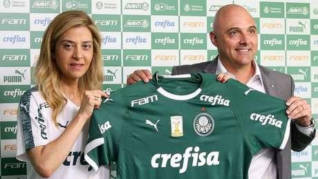 Leila Pereira e Maurício Galiotte na apresentação do novo contrato entre Palmeiras e Crefisa (Foto: Cesar Greco)