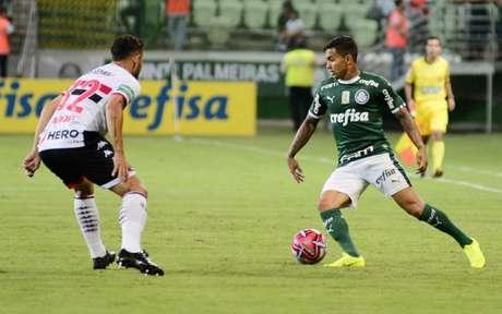 De contrato renovado, Dudu foi titular nos dois jogos do Verdão no Paulistão-2019 (Foto: Bruno Ulivieri/Ofotografico)