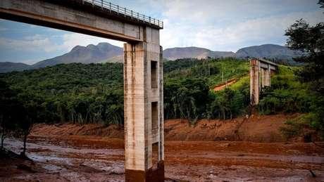 Rompimento de barragem em Brumadinho deixou centenas de desaparecidos