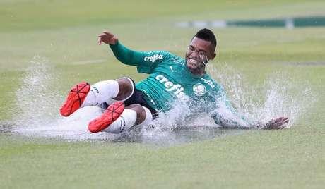 Borja completou 26 anos de idade nesse sábado e será titular em São Caetano (Cesar Greco/Ag Palmeiras/Divulgação)