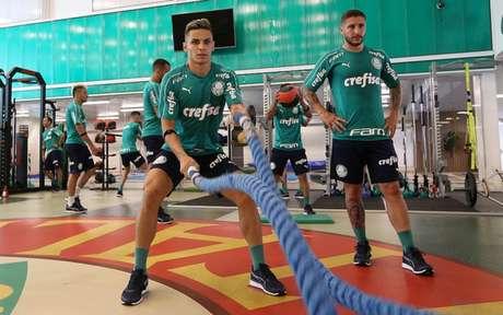 Raphael Veiga foi o 25º jogador inscrito pelo Palmeiras para o Paulistão (Foto: Cesar Greco)
